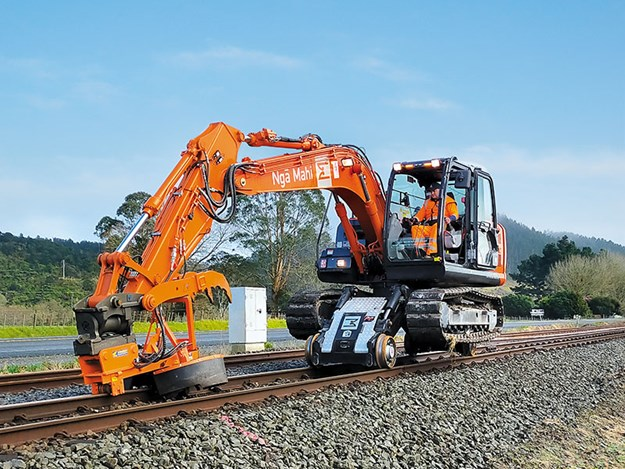 Hitachi-machines-hi-rail-1.jpg