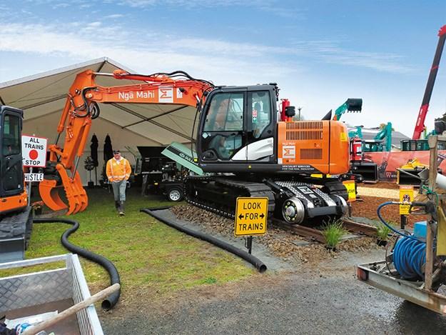 Hitachi-machines-hi-rail-4.jpg