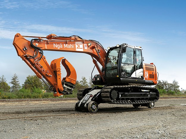 Hitachi-machines-hi-rail-5.jpg