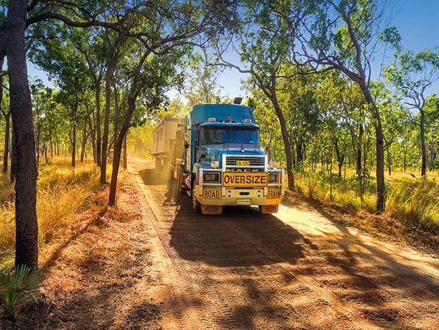 Nick-Jo-Outback-Truckers-2.jpg