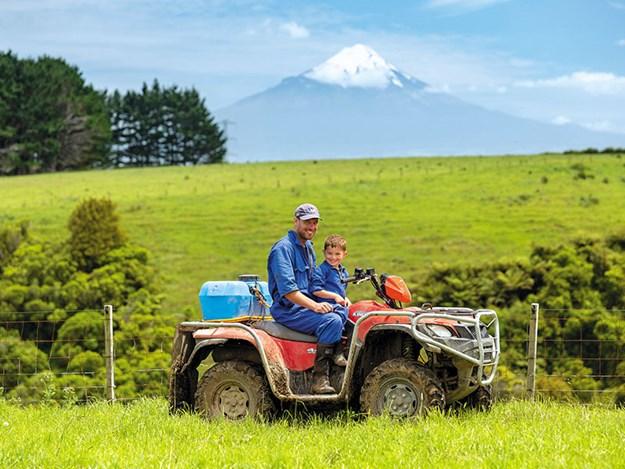 Farm-fit-Kane-Brisco-4.jpg
