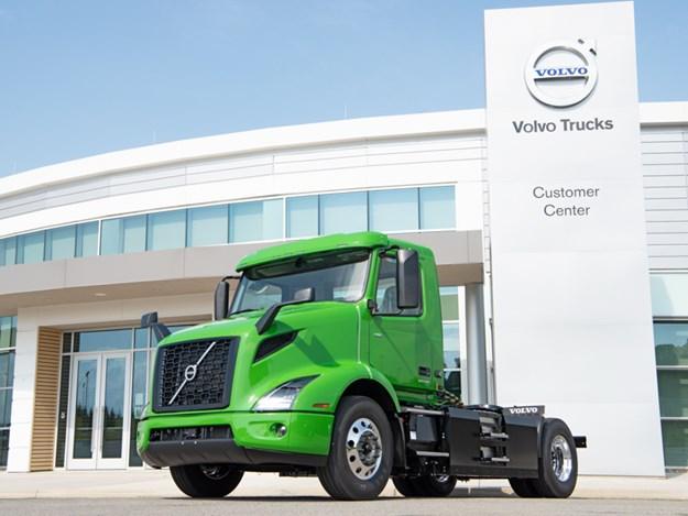 Volvo Trucks Manhattan Beer VNR Electric First Commercial Purchase.jpg