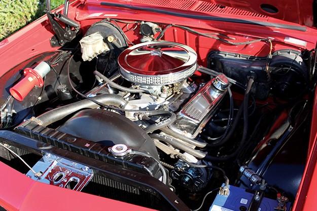 holden-one-tonner-engine-bay.jpg