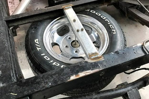 holden-one-tonner-spare-wheel.jpg