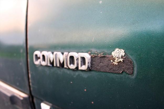 holden-vb-commodore-badge-2.jpg