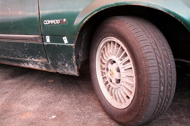 holden-vb-commodore-wheel.jpg