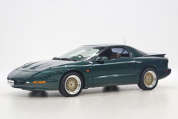 1998 Pontiac Formula V8.jpg