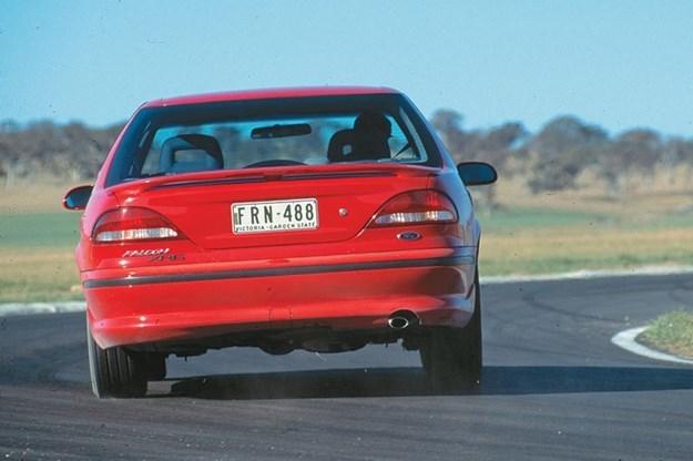 ford-falcon-xr6-rear.jpg