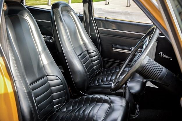 chrysler-vh-pacer-seats.jpg