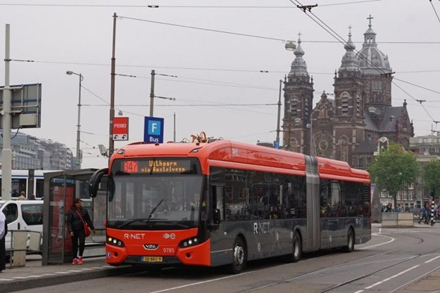 Electric bus Amsterdam.jpg
