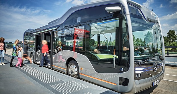 Daimler bus autonomous.jpg