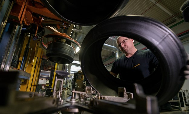 tire-production---reifenproduktion-data (1).jpg