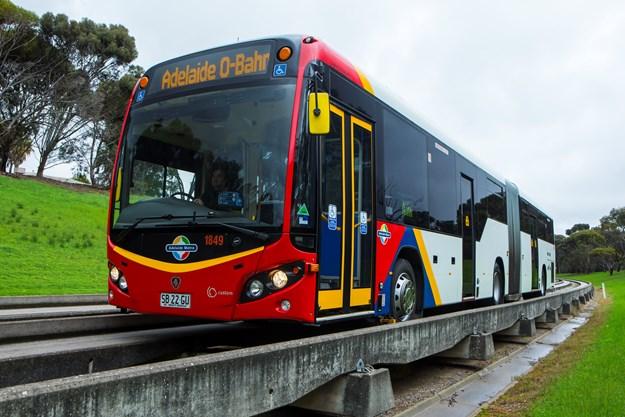 Adelaide O-Bahn 023.jpg