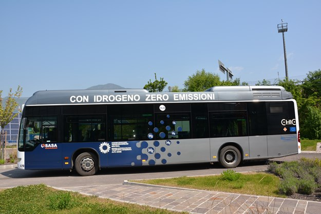 Hydrogen Bus.JPG