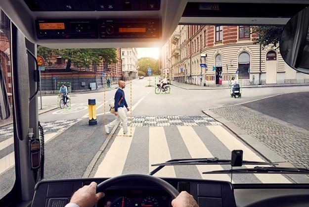 Pedestrian and cyclist detection X.jpg