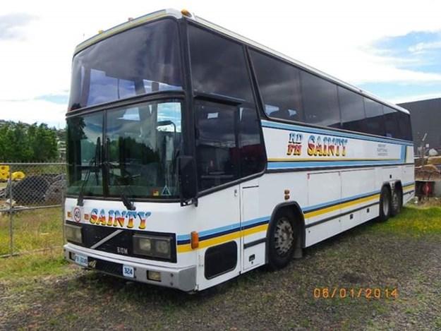 1988 B10M-Hyliner.jpg