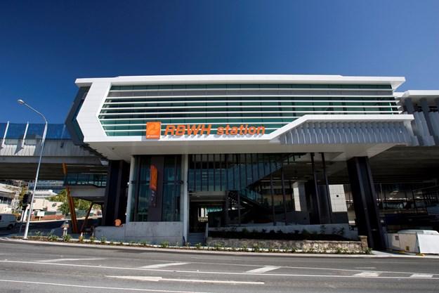 Streetview of Royal Brisbane Women's Hospital (RBWH) busway station Bowen Hills Northern Busway_ (2).jpg