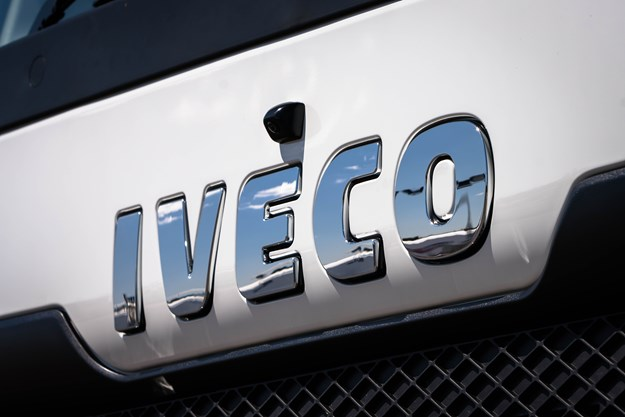 IVECO badge and grille.jpg