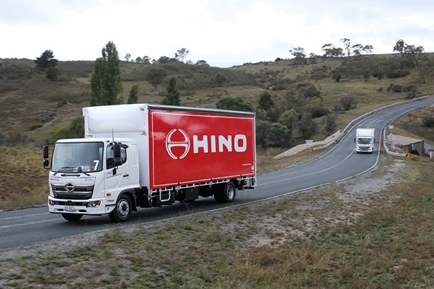 C:\GREGS FILES\7. VIDEOS\Hino Canberra 500 standard cab\Hino-500-96.jpg