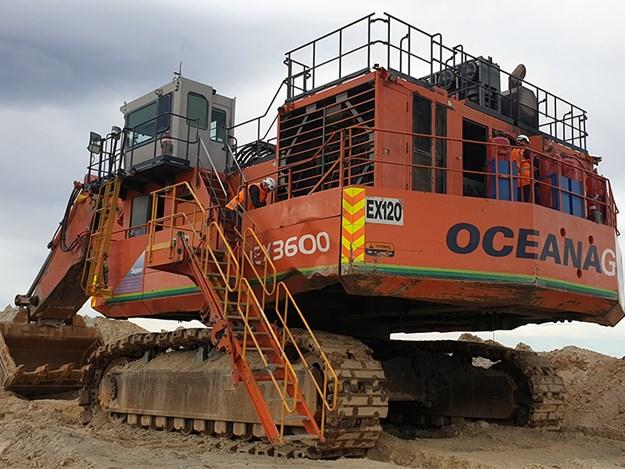 Work begins on dismantling the 360-tonne Hitachi EX-3600-5