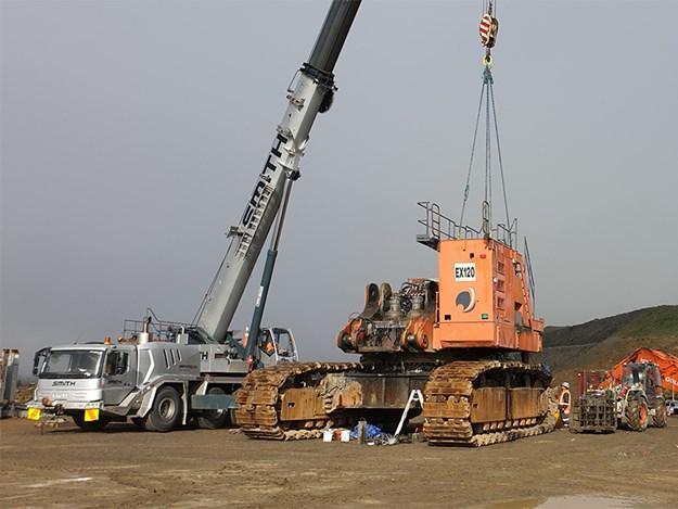 A 90-tonne Liebherr and 130-tonne Grove crane were used