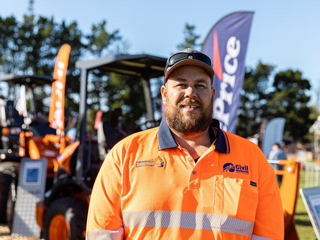 CCNZ CablePrice National Excavator Operator Competition 2021 champion Troy Calteaux of Andrew Haulage 2011 Ltd