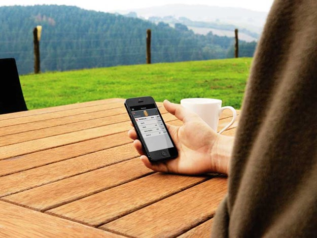 Dashboard-fence-iPhone-at-home-outdoor-seating.jpg