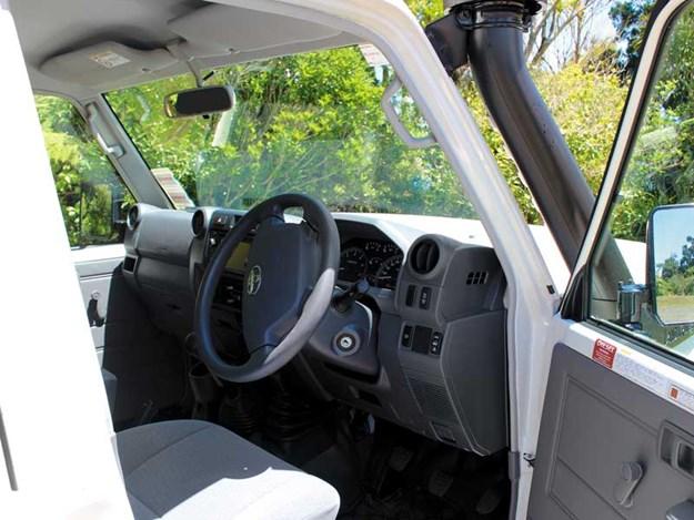 Toyota-Land-Cruiser-cab.jpg