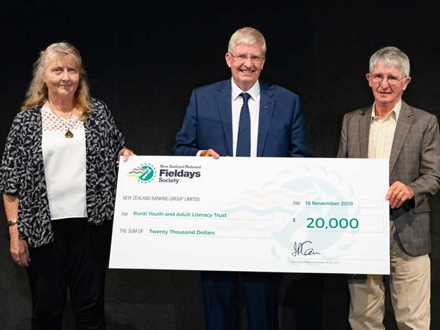 The-New-Zealand-National-Fieldays-Society-makes-donation-to-Rural-Youth-and-Adult-Literacy-Trust.jpg