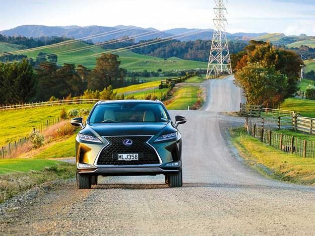 2020-Lexus-RX450h,-Limited,-front-on-shot.jpg