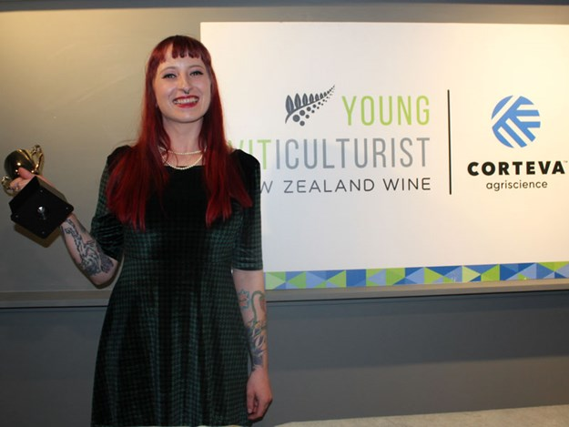 Lacey-Agate-North-Canterbury-Young-Viticulturist-competition-2020.jpg