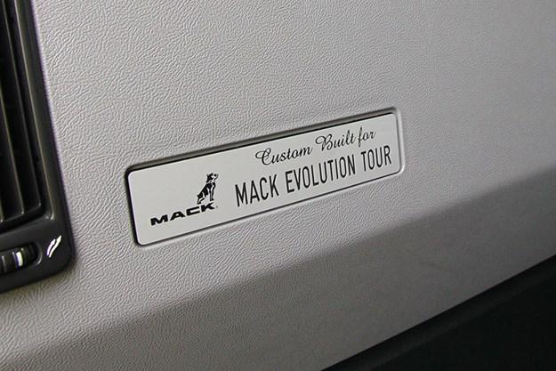 C:\GREGS FILES\4. OWNER DRIVER WEBSITE\Feb 2021\Mack Anthem drive\Mack-Move---Fill-Pic-1.jpg
