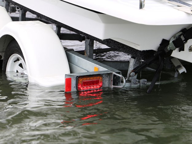 NARVA-Model-37-boat-trailer-lighting-1.jpg