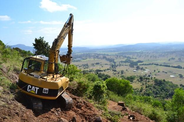 Floating-excavator-contractor-profile