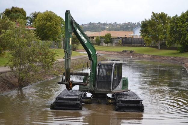 Floating-excavator-contractor