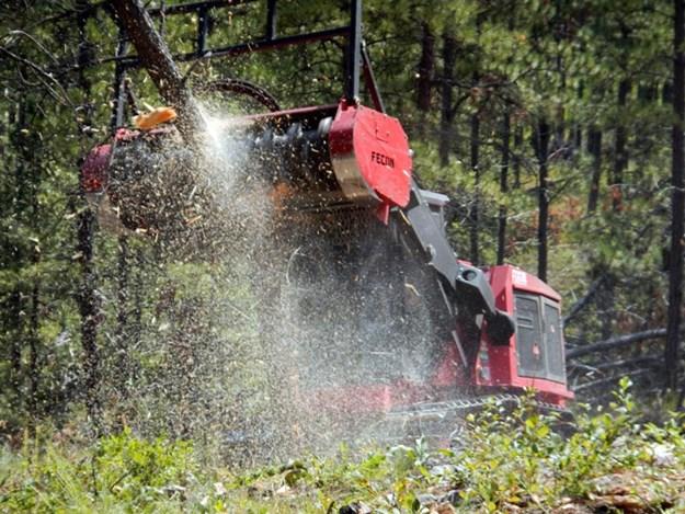 Fecon-FTX128-mulching-tractor