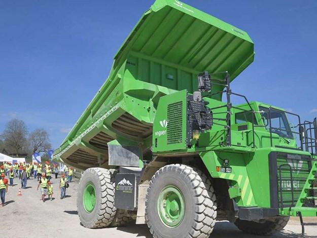 Electric-dump-truck