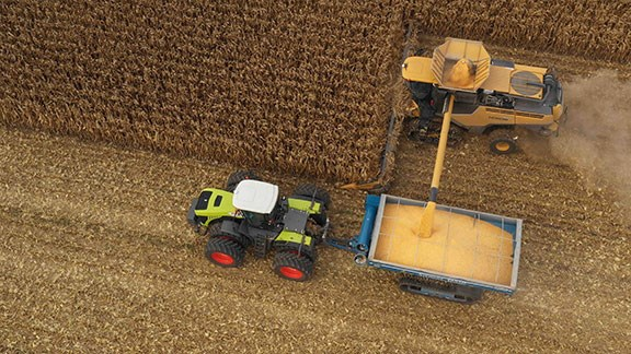 The Claas Lexion filling up a chaser bin