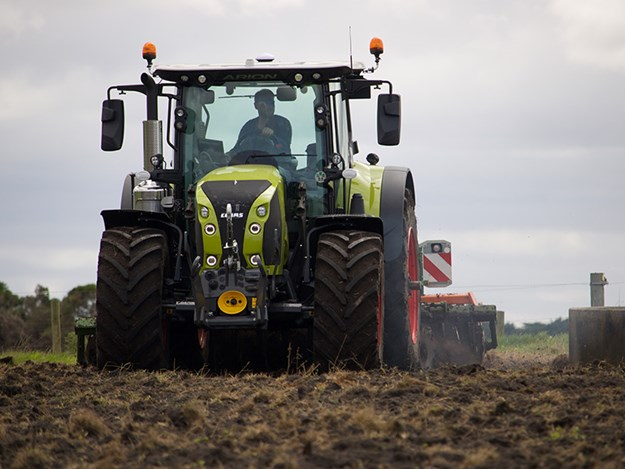 The Claas Arion working a field