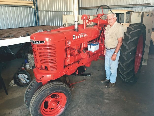 Most of the work on Rowe's 1948 Farmall H was cleaning and repainting.