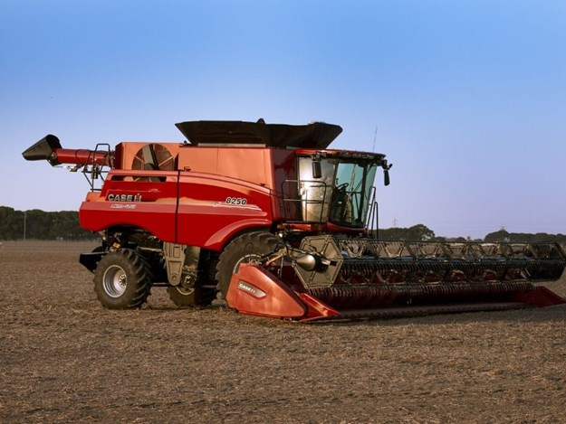 The latest Case IH Axial-Flow 250 Series from Case IH offers the ground-breaking AFS Harvest Command technology.