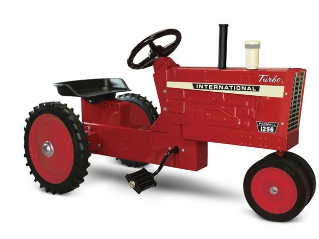 The CASE IH FARMALL 1256 NARROW FRONT PEDAL TRACTOR