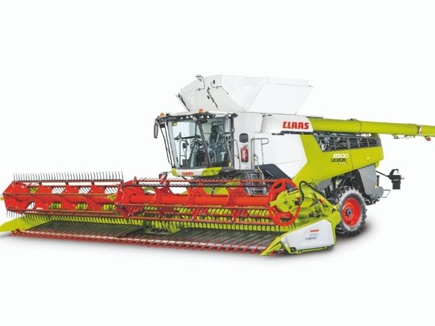 The Claas Lexion 8900 combine harvester