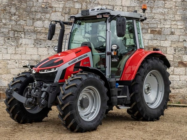 All MF 5S Series tractors are available with a choice of Massey Ferguson's 16x16 speed, Dyna-4 or 24x24 Dyna-6, semi- powershift transmissions