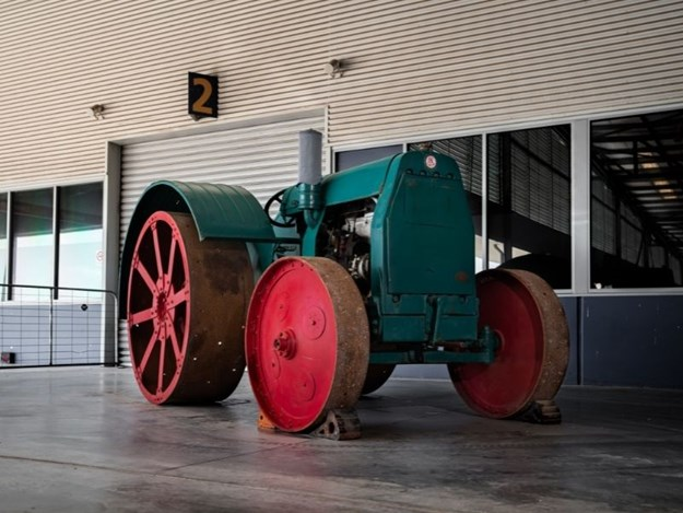 The 1925 Benz-Sendling tractor is up for auction