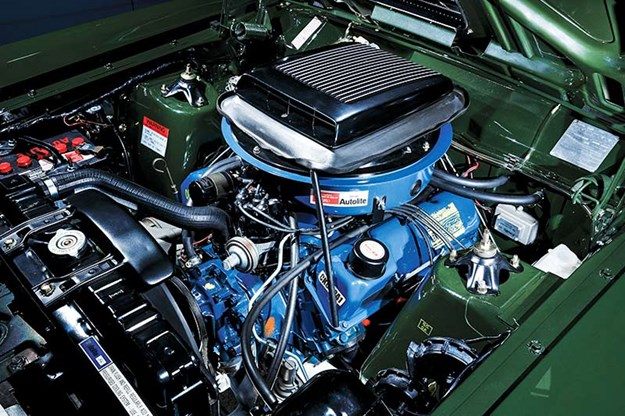 ford-falcon-xy-gtho-phase-iii-engine-bay.jpg