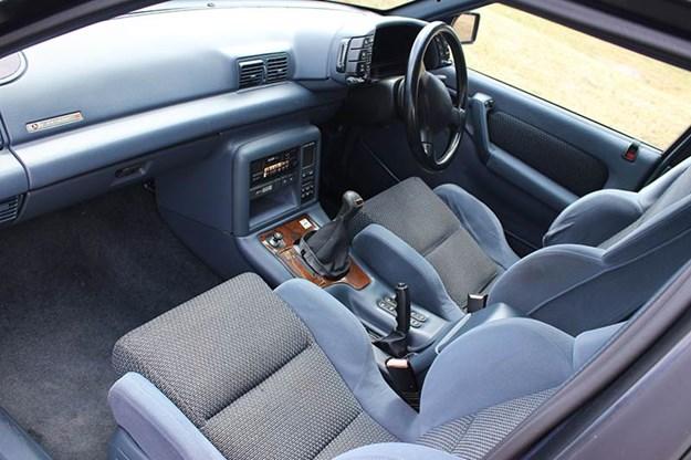 hsv-senator-interior-front-2.jpg