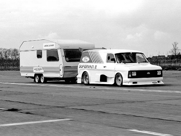 Ford-Supervan-2.jpg