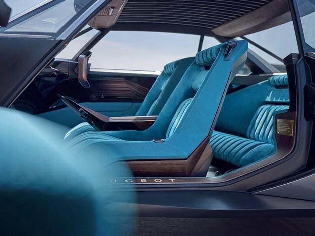Peugeot-E-legend-interior.jpg