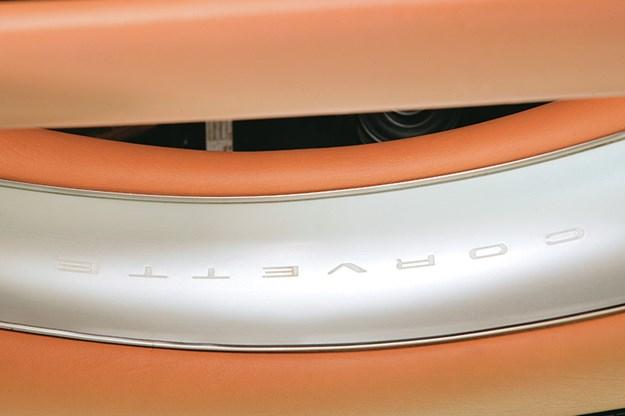 chevrolet-corvette-seat-2.jpg